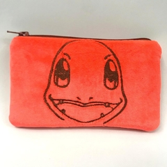 Cartuchera de peluche Pokemon Charmander
