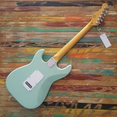 G&L Legacy Tribute Surf Green - Rosewod Neck - Lead Music