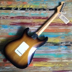 FENDER Vintage Hot Rod ´57 Stratocaster - Lead Music