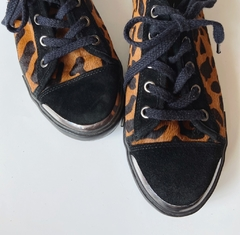 Tenis leopardo Nine West na internet