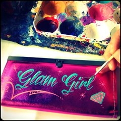 Glam Girl Billetera - Gabbie Custom Art