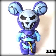 Skeletor Mickey Art Toy en internet
