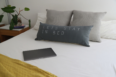 Almohadon Lets Stay in Bed - comprar online