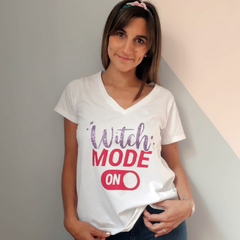 Remera Witch color en internet