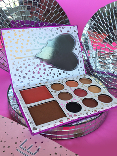 Paleta I want it all - urbanvelvet