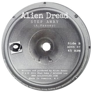 "7"" Alien Dread - Rockers Lament/Step Away [M] - comprar online"