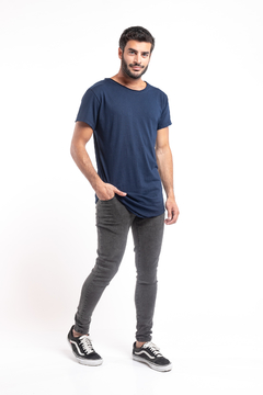 Remera Long Fit Azul Marino - comprar online