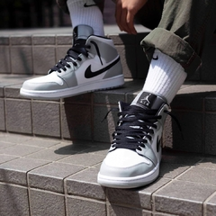 "Imagen de Air Jordan 1 Mid ""Smoke Grey"" - Men's"