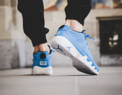 Air Jordan Retro 9 Low Pantone