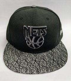 "GORRA NEW ERA ""BROOKLYN NETS"" REFLECTIVE SNAPBACK"