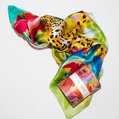 PAÑOLETAS MANCHAS DE LEOPARDO - VALISSE · 100% SILK SCARVES · A PIECE OF ART ·