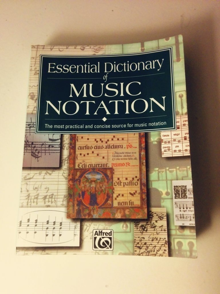 Essential Dictionary of Music Notation - Alfred