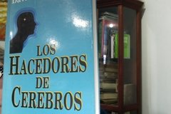 Los hacedores de cerebros   -  David H. Freedman - ISBN 9561313243