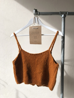 Hand knitted crop top - Julieta Grana