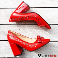 Stilettos CAROL (Taco Ancho) -- Rojo - Grape Brand