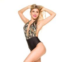 Body Escote Marylin Camuflado - Exentrica