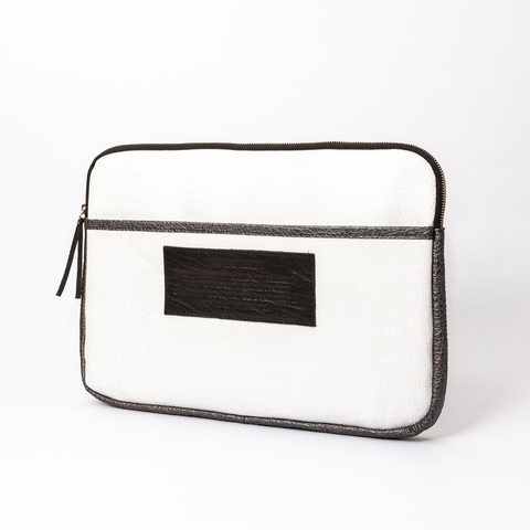 Laptop Case 15' (PEBL) - buy online
