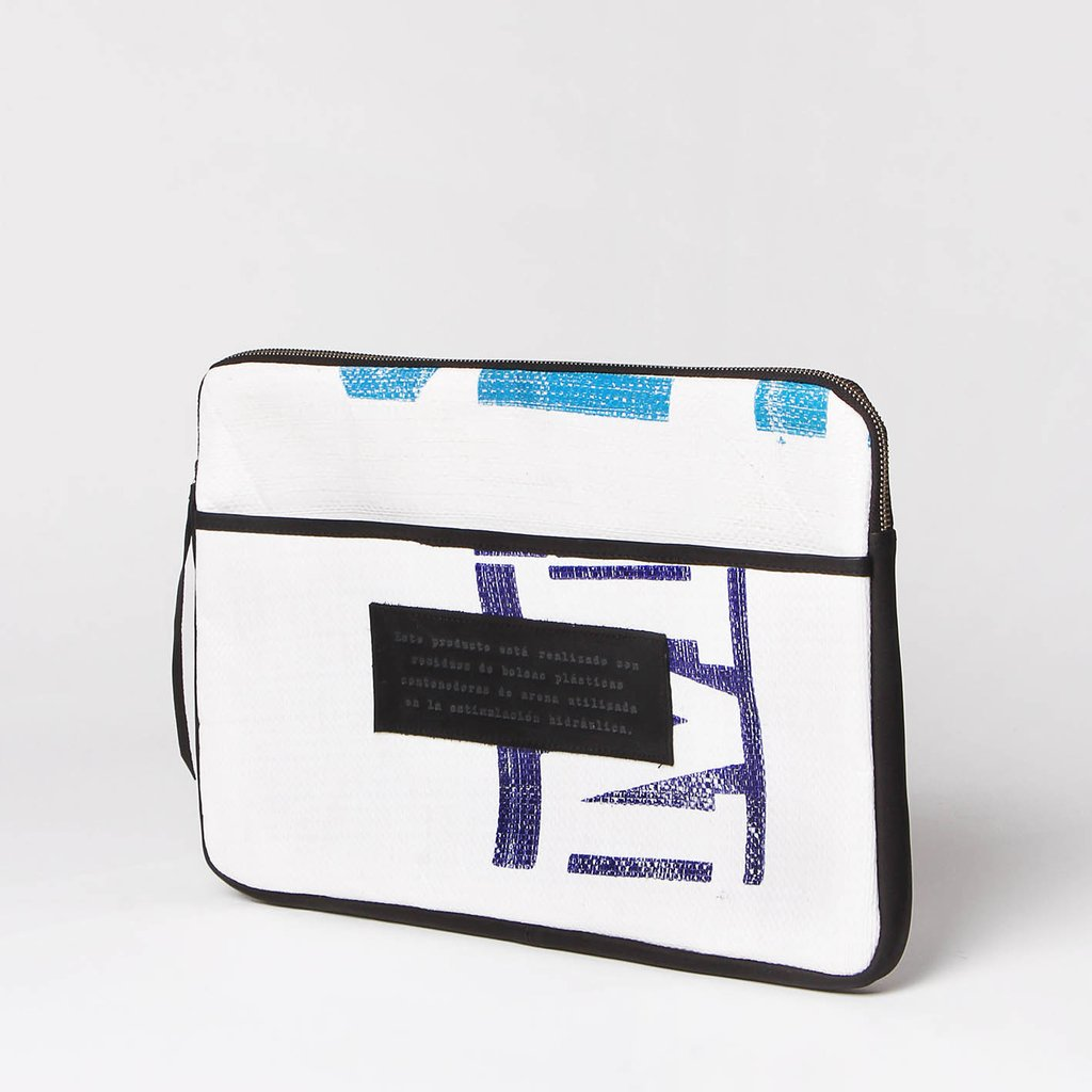 Funda Laptop 15' (NBL) - Fracking Design