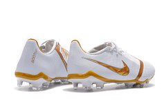 CHUTEIRA NIKE PHANTOM VENOM ELITE CAMPO 2019 - Sport Shoes