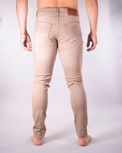 Pantalón Scotty Slim Fit Tostado - MD58