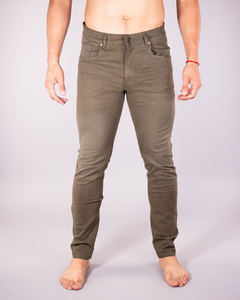 Pantalón Scotty Slim Fit Verde Militar x 10 unidades en internet