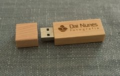 Kit 10 Pen drives + 10 caixas foto 15x21 kraft - comprar online