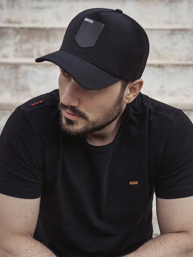 Boné Trucker Preto All Black-02