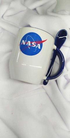 Taza Nasa con cuchara porcelana