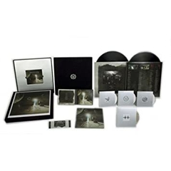 Dream Theater - Black Clouds & Silver Linings (Vinilo LP BOX SET DELUXE) en internet