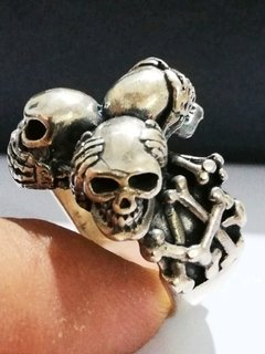 Anillo 3 calaveras plata 925 exclusivo
