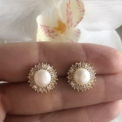 ARETES PEARL GOLD
