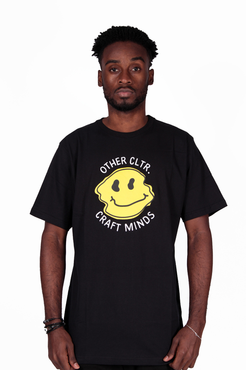 Other Culture Camiseta Smile Preta