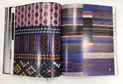 TEXTILES: The Art of Mankind - Thames & Hudson - Le Book Marque