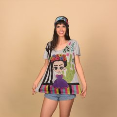 Image of REMERA CLEVELAND GRIS FRIDA 10