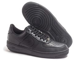 Tênis Nike Air Force 1 Low Preto na internet
