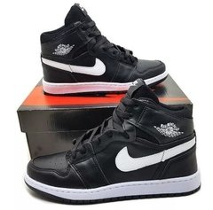 "Tênis Nike Air Jordan 1 Chicago ""Black White Red"" (Masculino)"