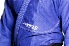 KIMONO BRAZIL COMBAT THE SHIELD AZUL ROYAL SÉRIE LIMITADA - comprar online