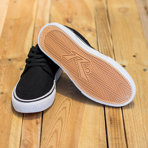 ZAPATILLAS YONKERS BLACK CANVAS RUSTY