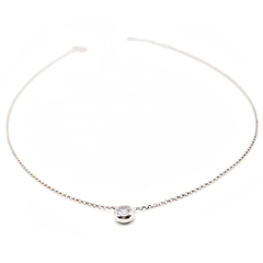 Colar/chocker ponto diamante