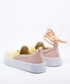 Slip On Santa Lolla Dual Color Rosa Quartzo/Amarelo - 038F.2EA8.02E8.01D8 - Urbanna