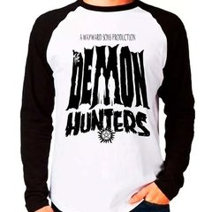 Camiseta Supernatural Spn The Demon Hunters Raglan M. Longa