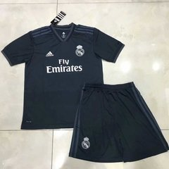 Uniforme Infantil / Juvenil Camisa E Shorts Real Madrid Away 2018 - comprar online