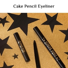 "KAT VON D: Cake Pencil ""Trooper Black"" - comprar online"