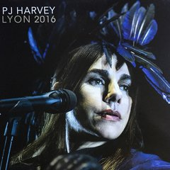 PJ Harvey ?- Lyon 2016 LP na internet