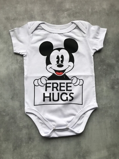 Body Mickey Free Hugs