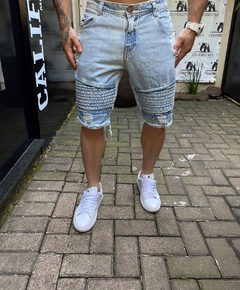 Bermuda Jeans Detailed