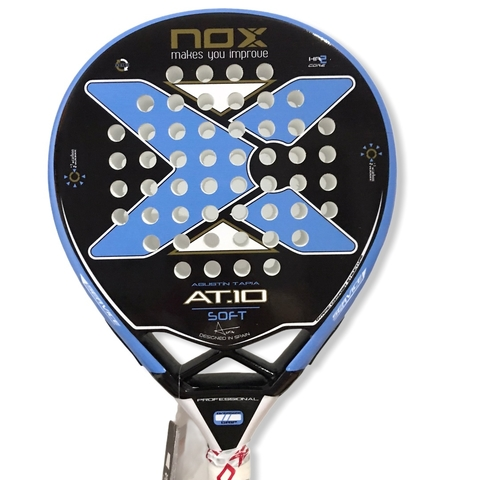 Paleta Padel Paddle Nox AT 10 Soft + Grip + Protector