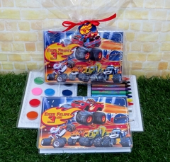 20 estojos Blaze and the monsters machines grandes lembrancinha Blaze Monster Machines com 31 itens completo