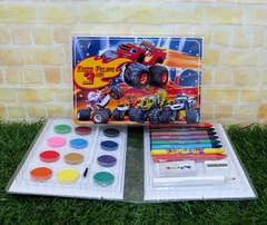 20 estojos Blaze and the monsters machines grandes lembrancinha Blaze Monster Machines com 31 itens completo - loja online