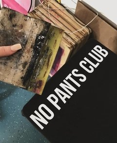 Camiseta No Pants Club - Costas - éMemu?!